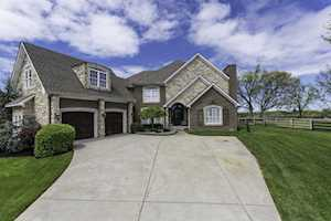 169 Clubhouse Drive Georgetown, KY 40324