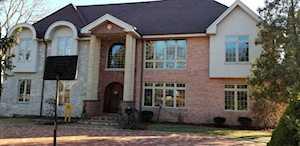 1819 Oakwood Rd Northbrook, IL 60062