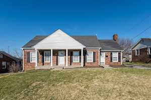 211 Maplewood Drive Lancaster, KY 40444