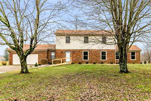 2075 Hancock Valley Drive Winchester, KY 40391
