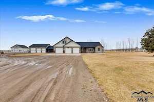 4545 NE Varmit Lane Mountain Home, ID 83647