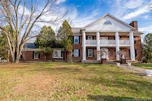 5974 Buttontown Road Greenville, IN 47124