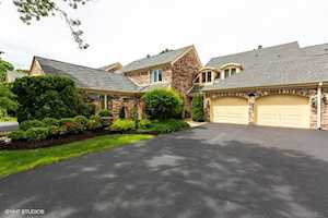 6 Court of Island Northbrook, IL 60062