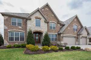 1622 Lake Charles Dr Vernon Hills, IL 60061