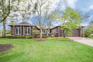4504 Lindenwood Ln Northbrook, IL 60062