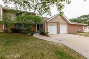 224 Winding Oak Ln #224 Buffalo Grove, IL 60089