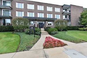 1350 N Western Ave #211 Lake Forest, IL 60045
