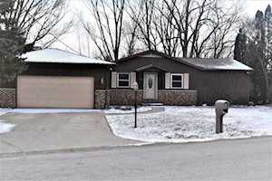 9331 E Crooked Mile Road Cromwell, IN 46732