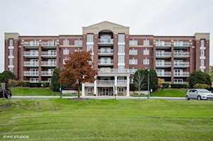 7041 W Touhy Ave #602 Niles, IL 60714