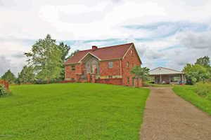 5762 Bardstown Trail Waddy, KY 40076