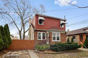 5457 N Ludlam Ave Chicago, IL 60630
