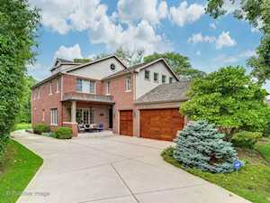 312 Country Ln Glenview, IL 60025