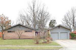 1328 Tanforan Drive Lexington, KY 40517