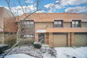 3944 Dundee Rd Northbrook, IL 60062