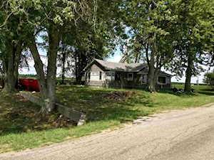 594 W 1300 Silver Lake, IN 46982