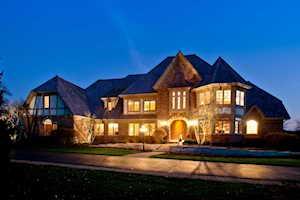 18 Ridge Rd Barrington Hills, IL 60010