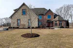 1592 S Silver Shadow Circle Greenfield, IN 46140