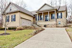508 Wood Lake Dr La Grange, KY 40031