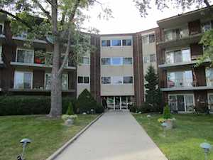 5540 Walnut Ave #26A Downers Grove, IL 60515