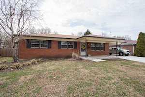 4226 Lynnbrook Dr Louisville, KY 40220