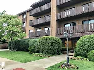 1795 Lake Cook Rd #307 Highland Park, IL 60035