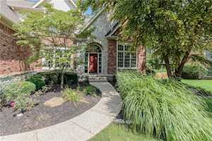 11464 Old Stone Drive Indianapolis, IN 46236