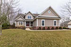 6521 Oak Hollow Circle Indianapolis, IN 46236