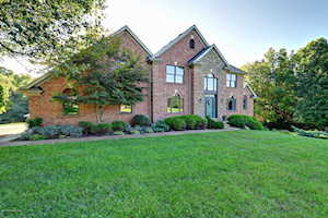 2404 Running Brook Trail Louisville, KY 40023