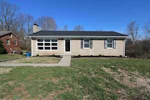 1805 Darien Drive Lexington, KY 40504