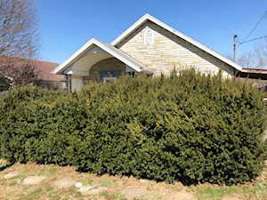 131 Holly Avenue Winchester, KY 40391