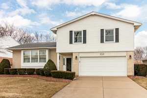 1723 N Dover Ln Arlington Heights, IL 60004