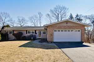 415 Rockland Ave Lake Bluff, IL 60044