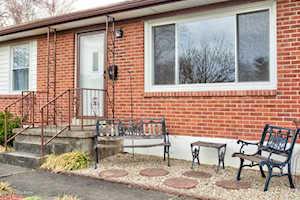 2911 Iris Way Louisville, KY 40220