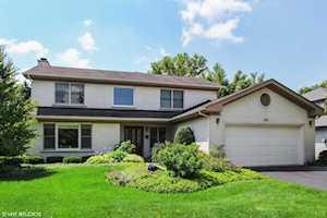 475 Newtown Dr Buffalo Grove, IL 60089
