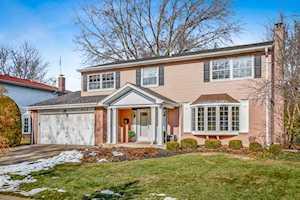 602 W Noyes St Arlington Heights, IL 60005