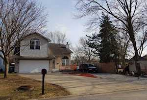 8157 Lake St Willow Springs, IL 60480
