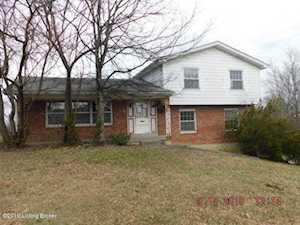 1415 Cloverhills Dr Louisville, KY 40216
