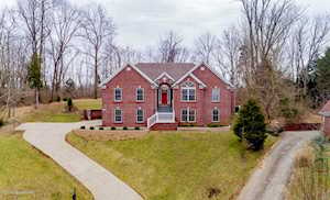 4300 Lost Spring Ct Louisville, KY 40241
