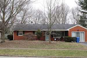 3032 Dartmouth Drive Lexington, KY 40517