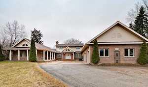 15835 W Woodbine Circle Vernon Hills, IL 60061
