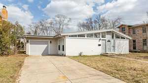 877 Ridge Rd Highland Park, IL 60035