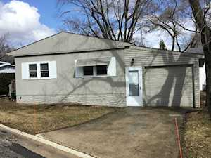 1203 Lakewood Rd Elgin, IL 60123