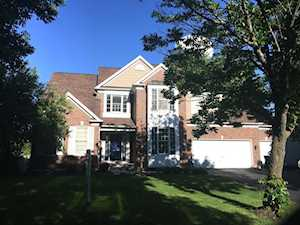 1136 Williamsburg Circle Grayslake, IL 60030