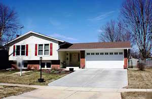 940 W Firestone Dr Hoffman Estates, IL 60192