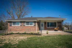 6515 Missionary Ridge Dr Pewee Valley, KY 40056