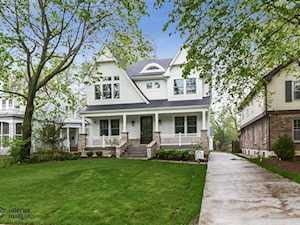 831 Forest Ave River Forest, IL 60305
