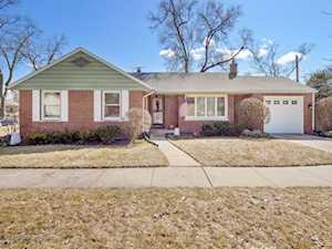 870 S Poplar Ave Elmhurst, IL 60126