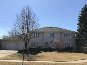 431 Stratford Ln Willowbrook, IL 60527