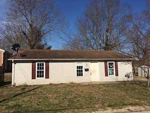 422 Daviess Harrodsburg, KY 40330