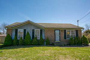 6904 Jessica Ct Pewee Valley, KY 40056
